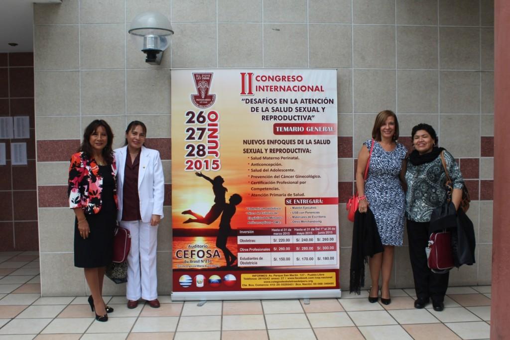 Dra. Martha Leiva, Obstetra Lourdes Neciosup, Primera Vocal Nacional del Colegio de Obstetras, Y la representante del INEN