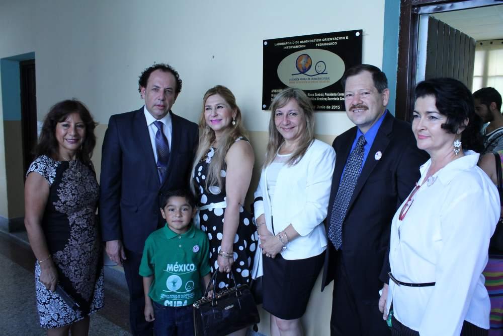 Visita a Cuba Dra Martha y Dr Terre