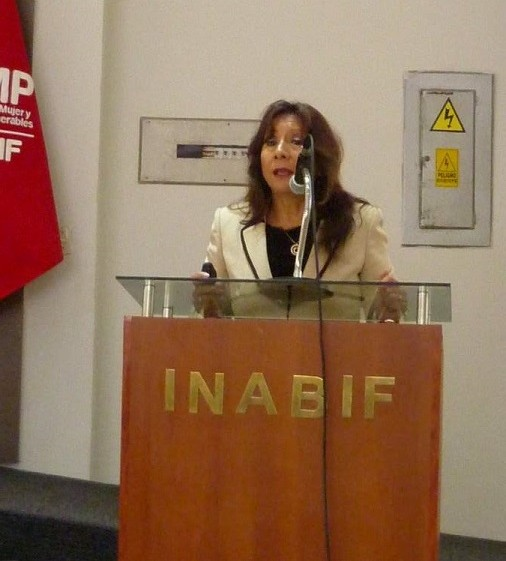 "Jornada Científica de INABIF- ""CAR Lazos de Amor"". ""Imponga Autoridad pero con Amor"" . Psic. Clin. Dra. Martha Leiva"